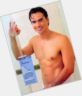 "<a href=""/hot-men/tj-trinidad/is-he-married-trinidads-girlfriend-tall"">Tj Trinidad</a> Average body,"