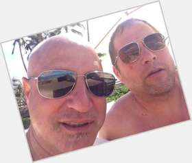 "<a href=""/hot-men/tom-colicchio/is-he-straight-married-good-chef-colicchios-daughter"">Tom Colicchio</a> Average body,  bald hair & hairstyles"