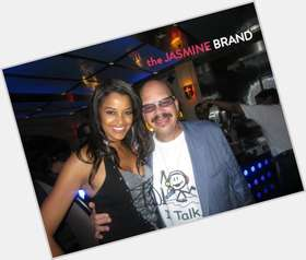 "<a href=""/hot-men/tom-joyner/is-he-still-married-divorce-single-sick-black"">Tom Joyner</a> Average body,  bald hair & hairstyles"