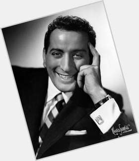 "<a href=""/hot-men/tony-bennett/is-he-italian-married-alive-bald-catholic-still"">Tony Bennett</a> Average body,  grey hair & hairstyles"
