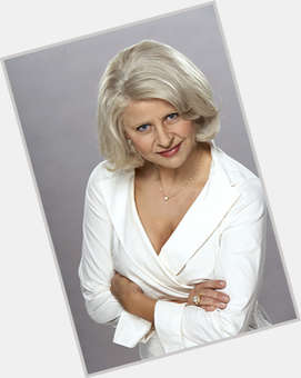 "<a href=""/hot-women/tracey-ullman/is-she-married-bipolar-funny-alive-still-what"">Tracey Ullman</a> Average body,  dark brown hair & hairstyles"