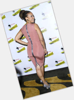 "<a href=""/hot-women/tracie-thoms/is-she-biracial-dating-hair-real-what-hairstyle"">Tracie Thoms</a> Average body,  dark brown hair & hairstyles"