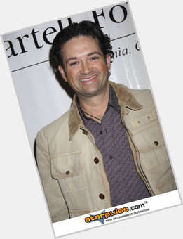 "<a href=""/hot-men/tracy-byrd/is-he-married-retires-sick-quitting-country-music"">Tracy Byrd</a> Average body,  dark brown hair & hairstyles"