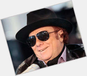 "<a href=""/hot-men/van-morrison/is-he-still-alive-catholic-christian-related-jim"">Van Morrison</a> Average body,  light brown hair & hairstyles"