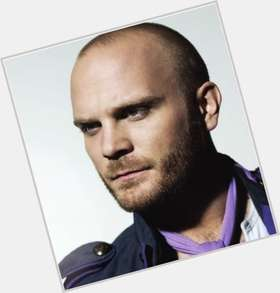 "<a href=""/hot-men/will-champion/is-he-married-good-drummer-left-handed-what"">Will Champion</a> Average body,  blonde hair & hairstyles"