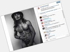 Willy Cartier dark brown hair & hairstyles Athletic body,