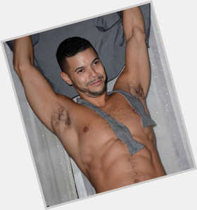 "<a href=""/hot-men/wilson-cruz/is-he-gay-single-black-married-dating-where"">Wilson Cruz</a> Average body,  black hair & hairstyles"
