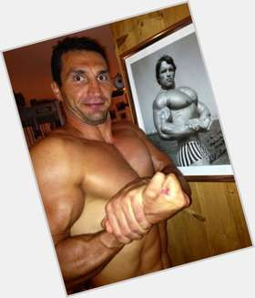 "<a href=""/hot-men/wladimir-klitschko/is-he-married-doctor-best-ever-dating-hayden"">Wladimir Klitschko</a> Athletic body,  dark brown hair & hairstyles"