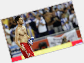 Xabi Alonso light brown hair & hairstyles Athletic body,