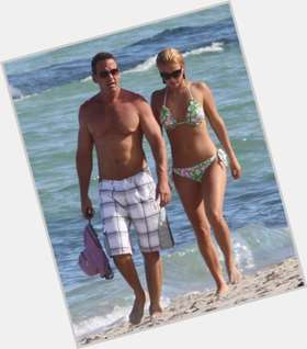 "<a href=""/hot-women/ximena-duque/is-she-married-dating-fabian-rios-tall-son"">Ximena Duque</a> Voluptuous body,  dark brown hair & hairstyles"