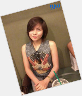 Yeng Constantino dyed red hair & hairstyles Voluptuous body,