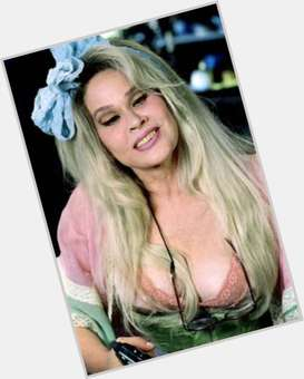 "<a href=""/hot-women/karen-black/is-she-still-alive-cross-eyed-shirley-temple"">Karen Black</a> Average body,  dark brown hair & hairstyles"