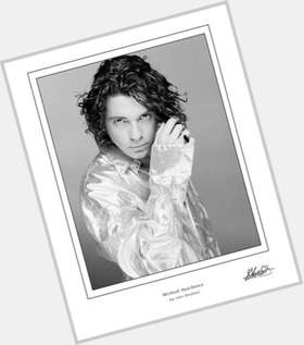 "<a href=""/hot-men/michael-hutchence/is-he-father-pixie-geldof-aboriginal-alive-really"">Michael Hutchence</a> Average body,  light brown hair & hairstyles"