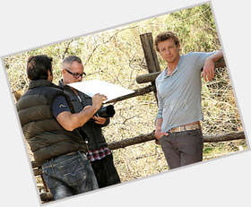 "<a href=""/hot-men/simon-baker/is-he-married-nice-guy-bald-real-mentalist"">Simon Baker</a> Athletic body,  blonde hair & hairstyles"
