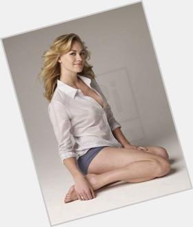 Yvonne Strahovski blonde hair & hairstyles Athletic body,