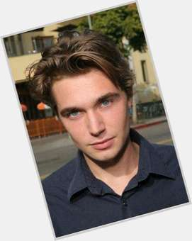 "<a href=""/hot-men/zachary-ray-sherman/is-he-dating"">Zachary Ray Sherman</a> Athletic body,  light brown hair & hairstyles"
