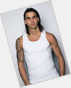 Zlatan Ibrahimovic dark brown hair & hairstyles Athletic body,