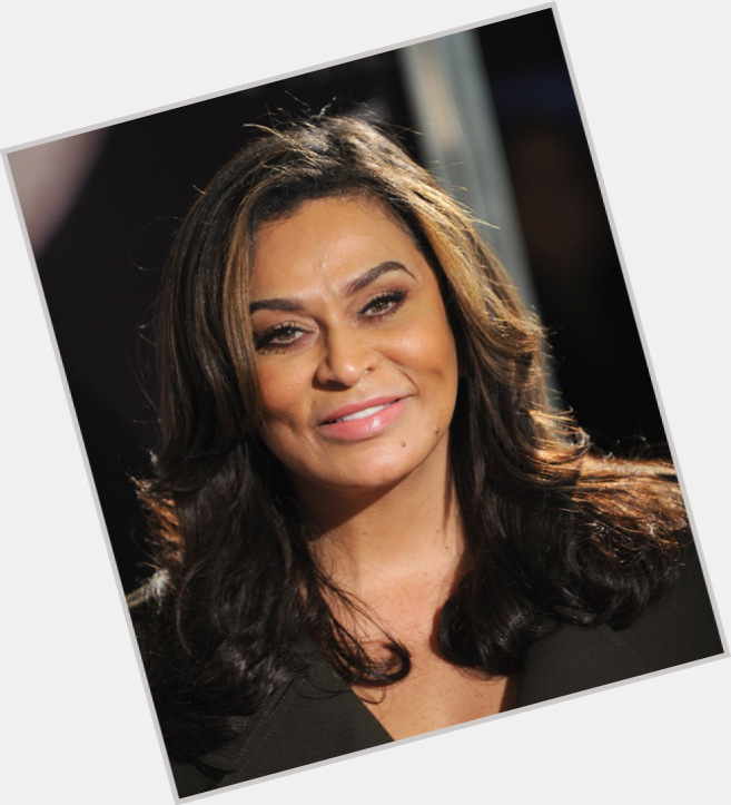 tina knowles new hairstyles 0.jpg