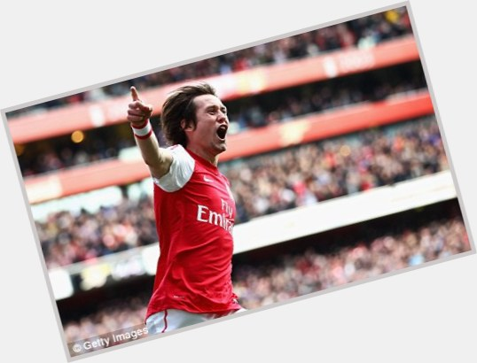 tomas rosicky new hairstyles 8.jpg
