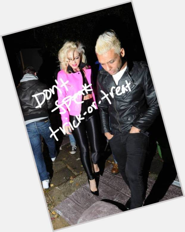 tony kanal and gwen stefani relationship 11.jpg