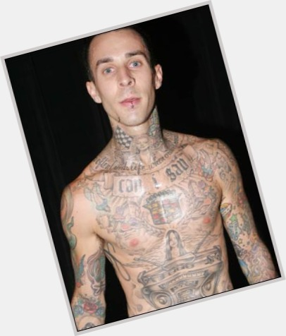 travis barker drumming 1.jpg