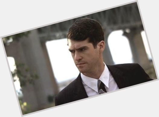 zachary bennett married - photo #16